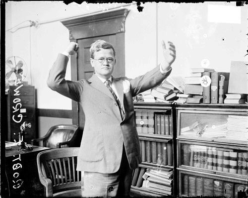 Robert E. Crowe, waving his arms around while speaking in court as he often did. Photo Source: MKStage
